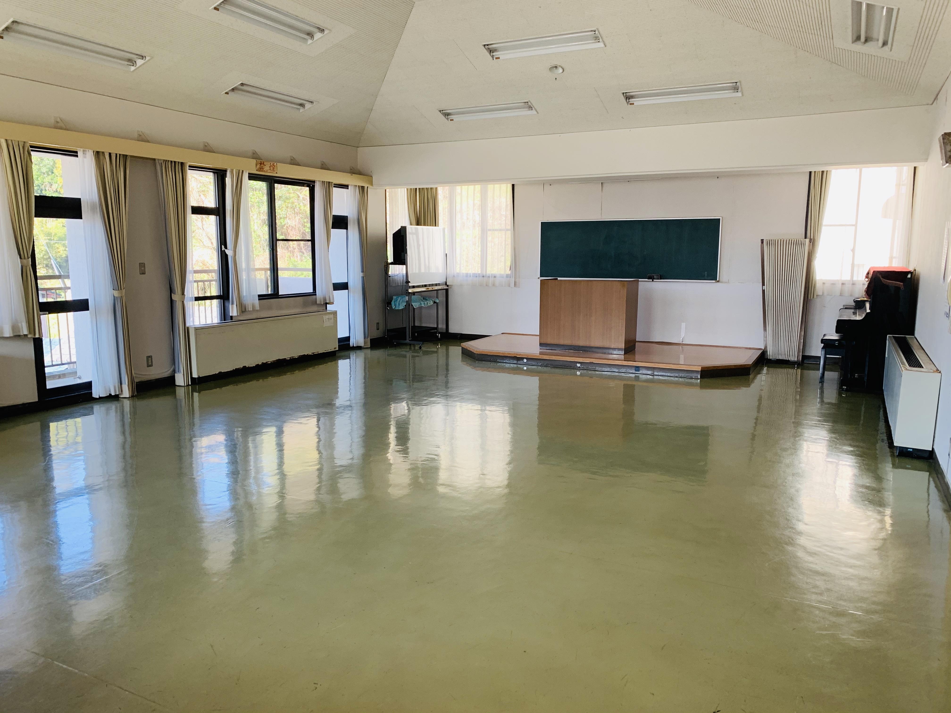 8.働く婦人の家 h.講習室1